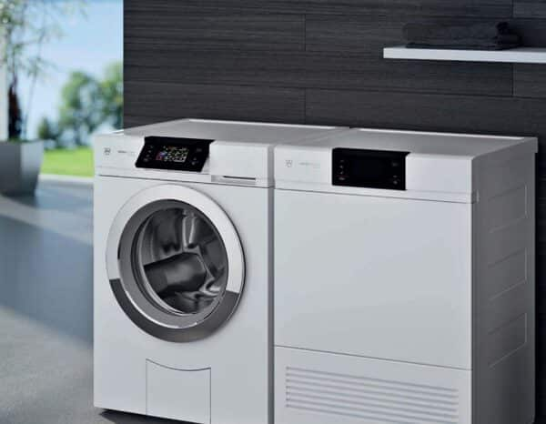 ok chez vous votre gros lectrom nager pour laver s cher le linge l. Black Bedroom Furniture Sets. Home Design Ideas