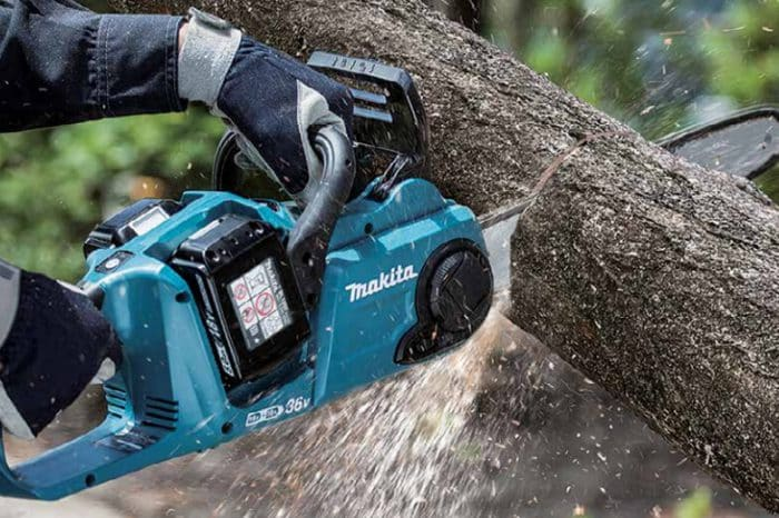 Graden brico shop tronconneuse a accus DUC353 Makita